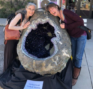 Helena and Laura at 2020 Tucson Gem Show